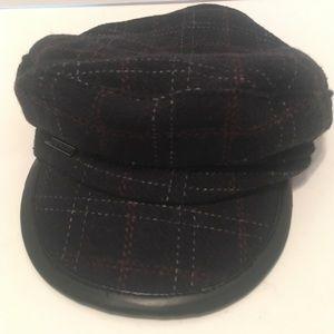 Vince Camuto visor beret newsboy hat